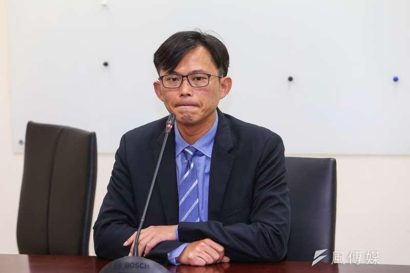 20191205-時代力量立委黃國昌5日接受媒體聯訪。(顏麟宇攝)