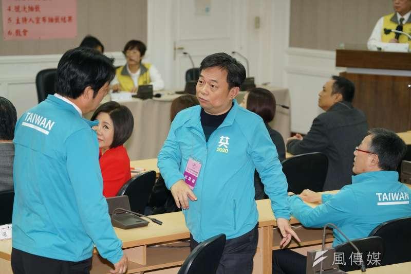 20191209-中央選舉委員會於9日上午舉行第15任總統、副總統參選人號次抽籤,前行政院副院長林錫耀出席。(盧逸峰攝)