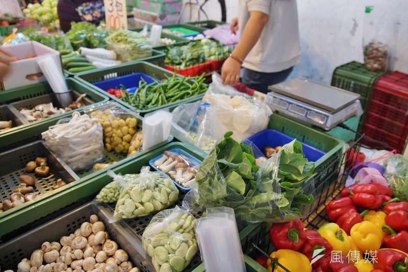 20191210-傳統市場、菜市場一景。(盧逸峰攝)