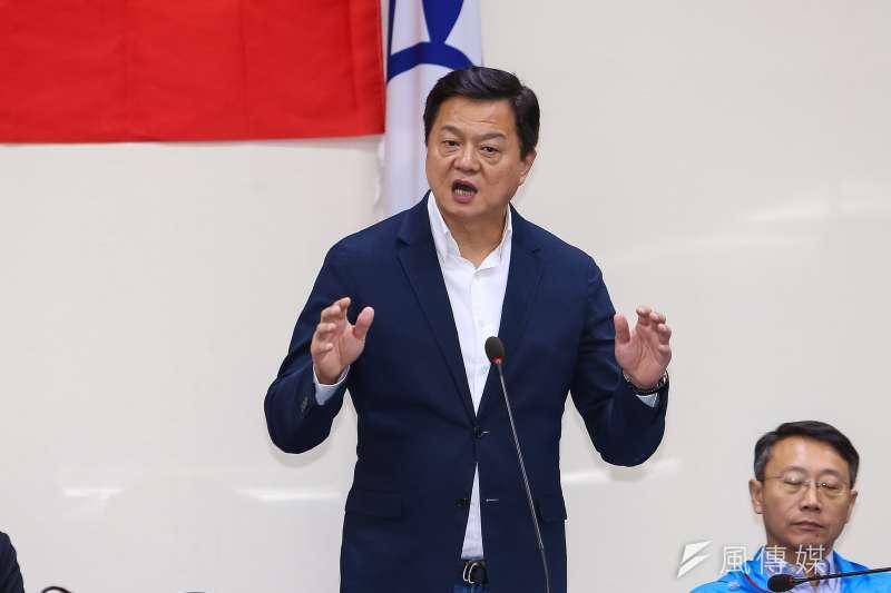 韓國瑜全國競總副總幹事周錫瑋(見圖)直言,未來只要韓國瑜當選、國民黨立委席次過半,民進黨政府的弊案就能重啟調查,讓該做牢的政治人物全都跑不掉。(資料照,顏麟宇攝)