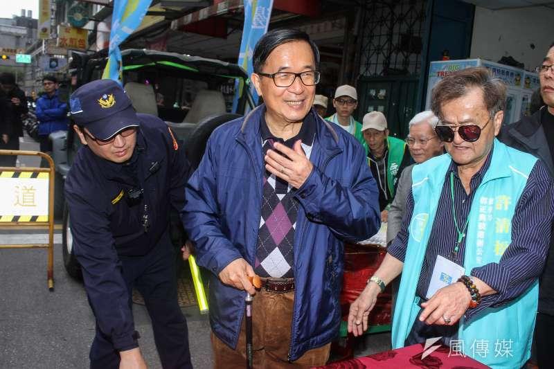 前總統陳水扁表示,自己為照顧扁媽搬回台南。(資料照片,蔡親傑攝)