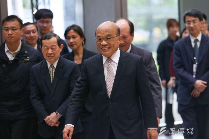 20191224-行政院長蘇貞昌24日出席第19屆公共工程金質獎頒獎典禮。(顏麟宇攝)