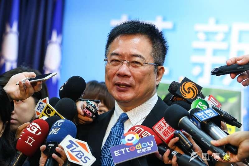 國民黨前副秘書長蔡正元(見圖)在臉書表示,財政部下令要公民營金融行庫招攬進用「香港專業人士」,每家至少20名且年薪皆不得低於於650萬,引發討論。(資料照,顏麟宇攝)