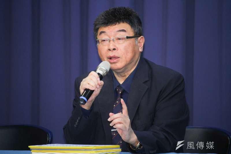 前立委邱毅批評,許多人心態崇洋媚外,更指台灣有人跪舔「洋爸爸」成習慣,就是為了之後可以吃香喝辣。(資料照,蔡親傑攝)
