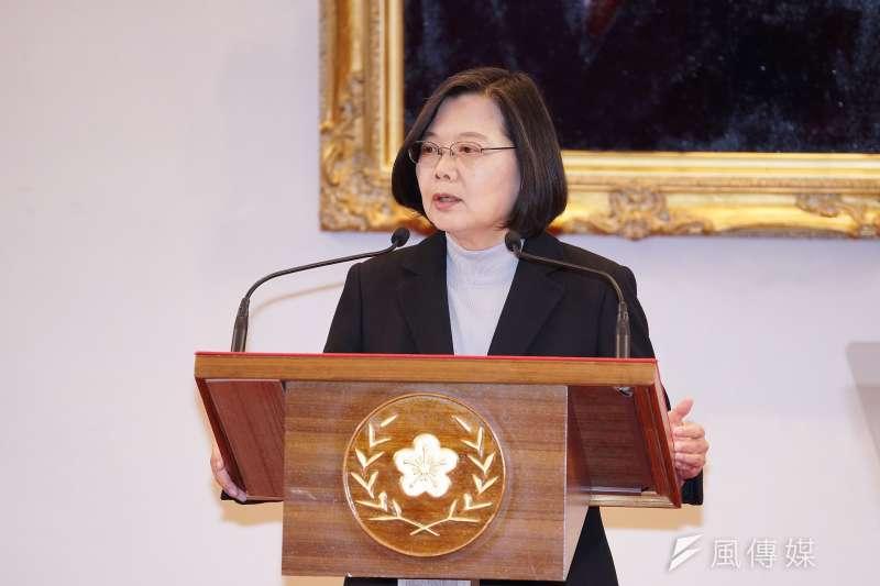 作者呼籲總統蔡英文不要只顧「台灣主權」,請在呼籲選民「我們一定要完成沈參謀總長的遺願,為台灣打拚!」時加上為「中華民國主權而戰」,因為國軍一路走來就是為中華民國而戰的。(資料照,盧逸峰攝)