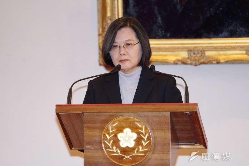 對國民黨總統候選人韓國瑜稱黑鷹空難「台灣中邪了、國運不昌隆」,總統蔡英文(見圖)表示,韓國瑜離譜的言行應該深切反省。(資料照,盧逸峰攝)