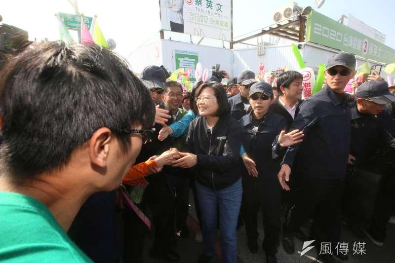 作者指出,台灣劣質文化根深蒂固上至總統,更包括許多中央與地方的民意代表,及縣市鄉鎮長甚至村里長。(資料照,柯承惠攝)