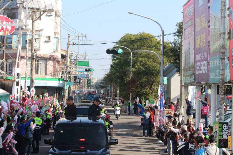 20200107-總統蔡英文7日赴雲林陪同立委候選人蘇治芬車隊掃街。(黃信維攝)