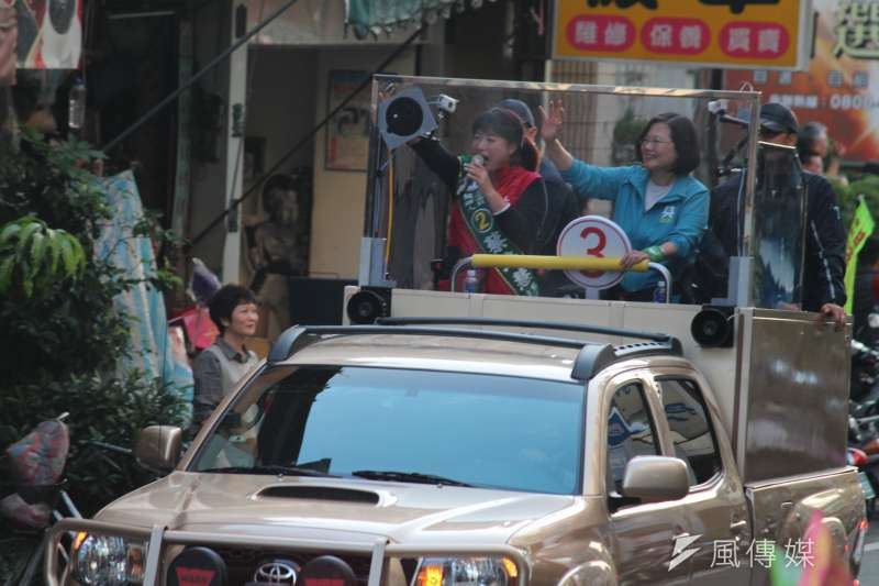 20200107-總統蔡英文7日下午到南投陪同不分區立委候選人蔡培慧車隊掃街。(黃信維攝)