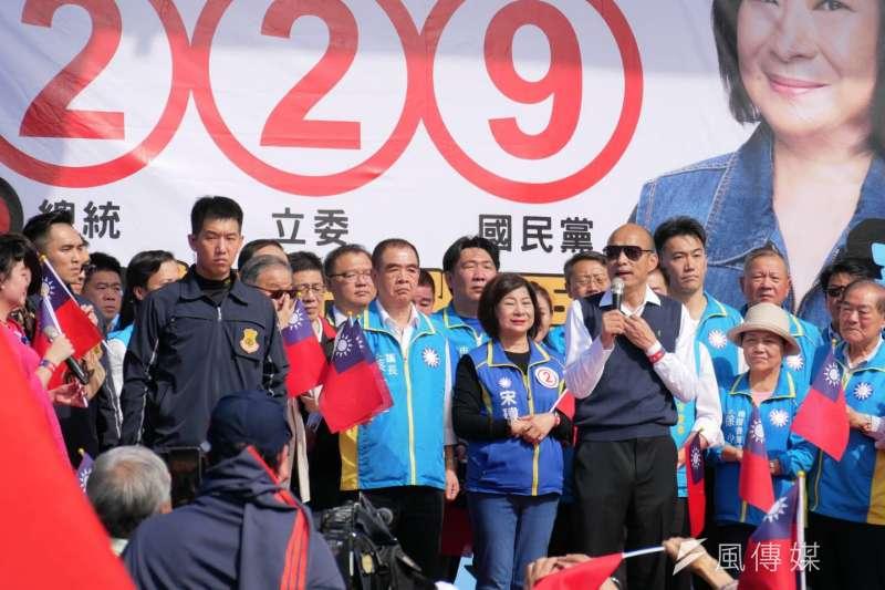 國民黨總統候選人韓國瑜7日前往基隆與立委候選人宋瑋莉合體。(潘維庭攝)