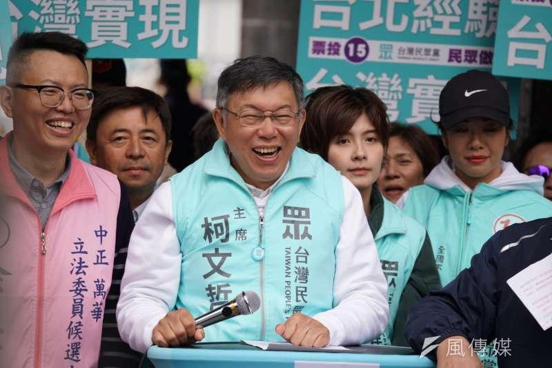 台灣民眾黨主席柯文哲(見圖)8日受訪時被問到想對前總統陳水扁說什麼,柯文哲說,「老實講,無言以對。」(盧逸峰攝)