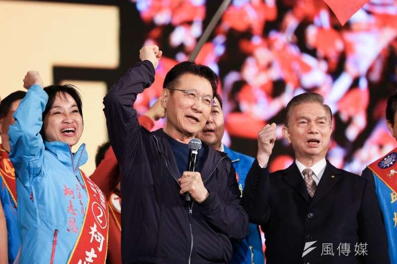 國民黨總統候選人韓國瑜9日於凱道舉行勝利晚會,媒體人趙少康(見圖)上台致詞時喊話郭粉、宋粉。(簡必丞攝)