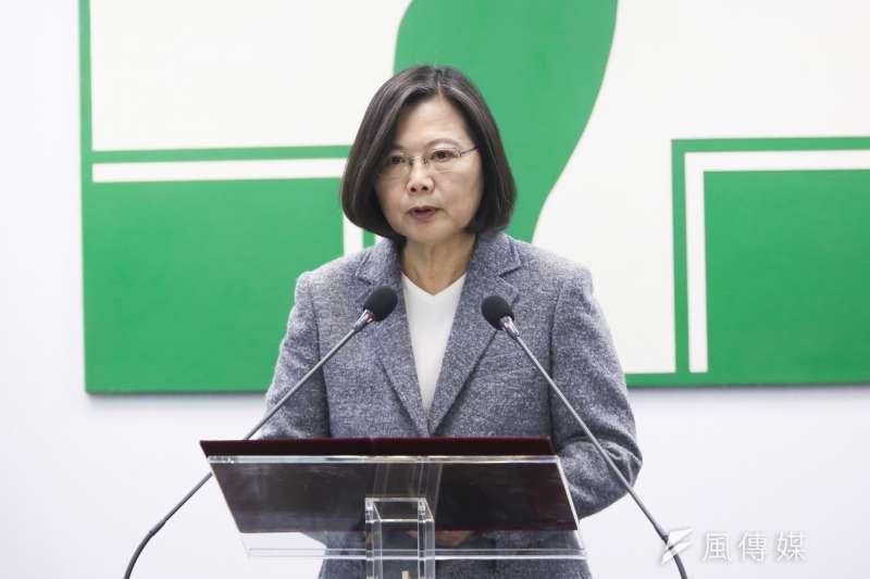 總統蔡英文(見圖)推動的《反滲透法》15日正式實施,但中共對台灣的生存危機,並非始自民進黨執政,而是從兩蔣時代迄今,就無一日稍歇。(資料照,簡必丞攝)