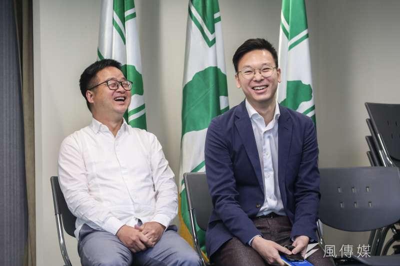 民進黨15日舉行選後首次中常會,秘書長羅文嘉(左)表示,他與副祕書長林飛帆(右)日前已經向黨主席卓榮泰口頭請辭。(簡必丞攝)