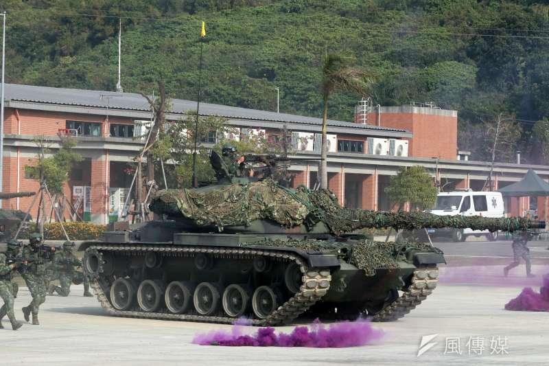 20200115-國軍「聯合兵種營」15日進行反特攻作戰操演,圖為模擬發射戰車砲的CM-11戰車。(蘇仲泓攝)