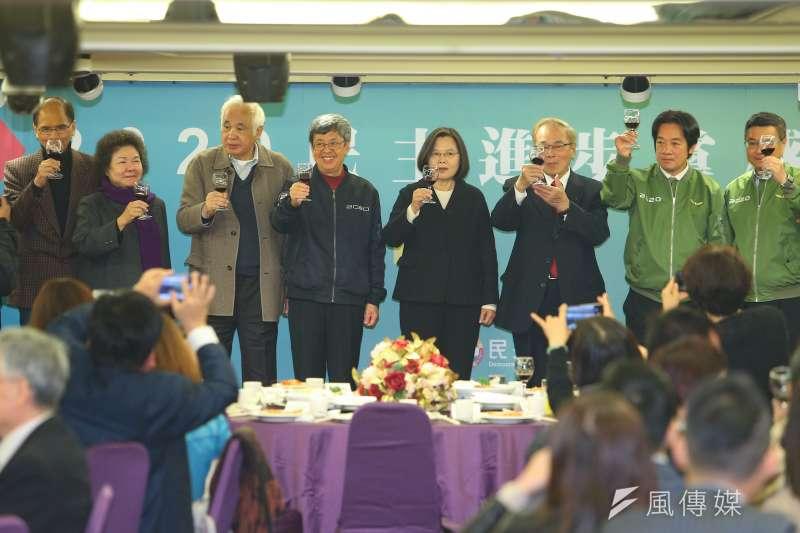 20200117-總統蔡英文、副總統陳建仁、副總統當選人賴清德、主席卓榮泰等人17日出席民主進步黨感恩餐會。(顏麟宇攝)