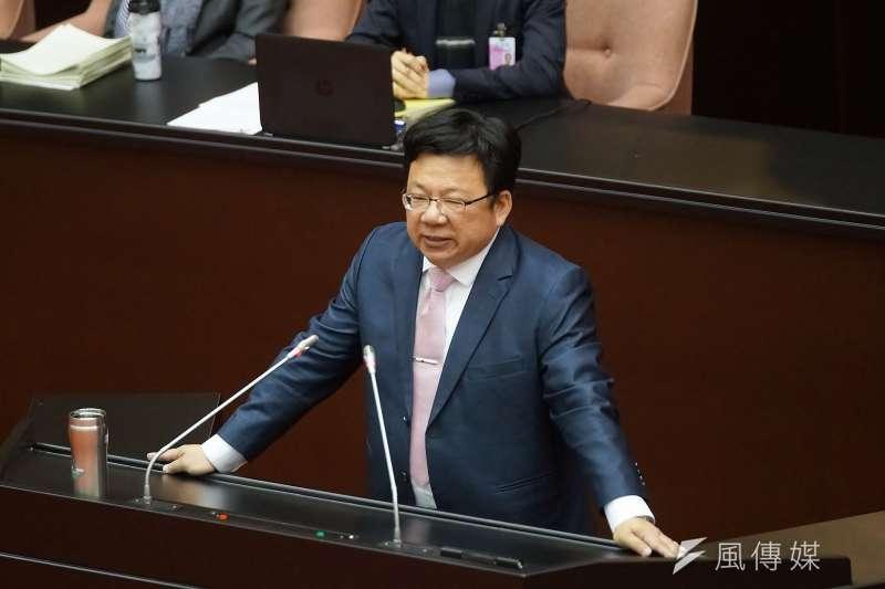 總統府副秘書長李俊俋(見圖)呼籲,過去不曾關注「國民法官制」、未參與委員會討論的立委們,不宜在不理解全貌的情況下以偏概全抹煞「國民法官制」。(資料照,盧逸峰攝)