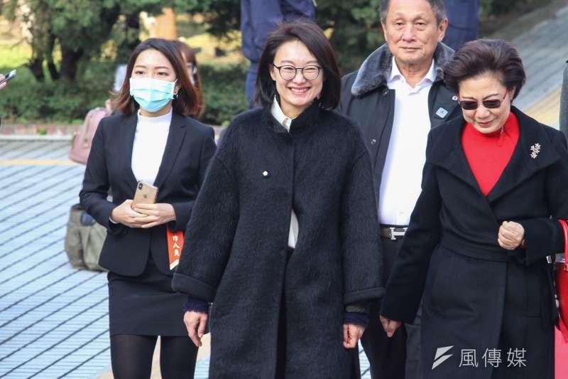 20200201-新任立委吳怡玎出席109年立委就職。(蔡親傑攝)
