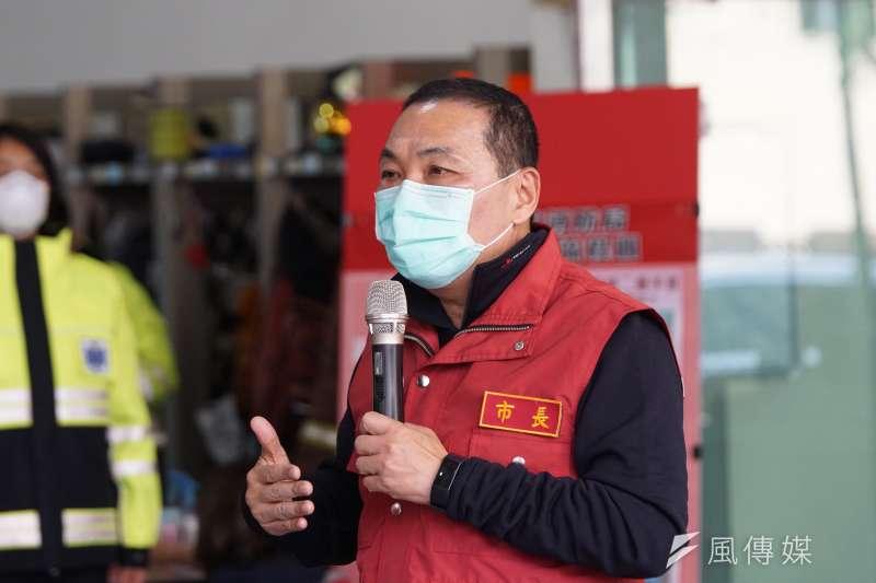 民進黨立委郭國文批評新北市長侯友宜(見圖)戴口罩是在作秀,對此侯友宜回應,防疫工作沒有口水。(資料照,盧逸峰攝)