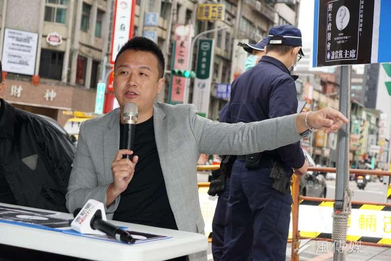 草協聯盟發起人李正皓(見圖)表示,小明的父母為了自身利益而沒有選擇台灣籍,現在遇上疫情爆發回不了台灣,也只能自己承擔。(資料照,盧逸峰攝)