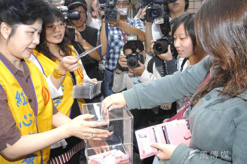 2008年汶川大地震,台灣派出救難隊支援,民間捐款更超過50億元新台幣。(林瑞慶攝)