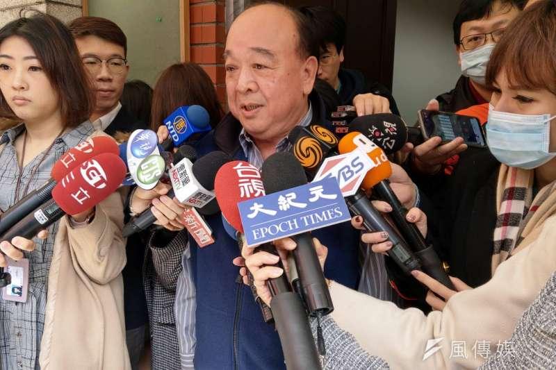 20200206-國民黨立院黨團6日上午召開黨團大會,立委吳斯懷接受媒體訪問。(潘維庭攝)