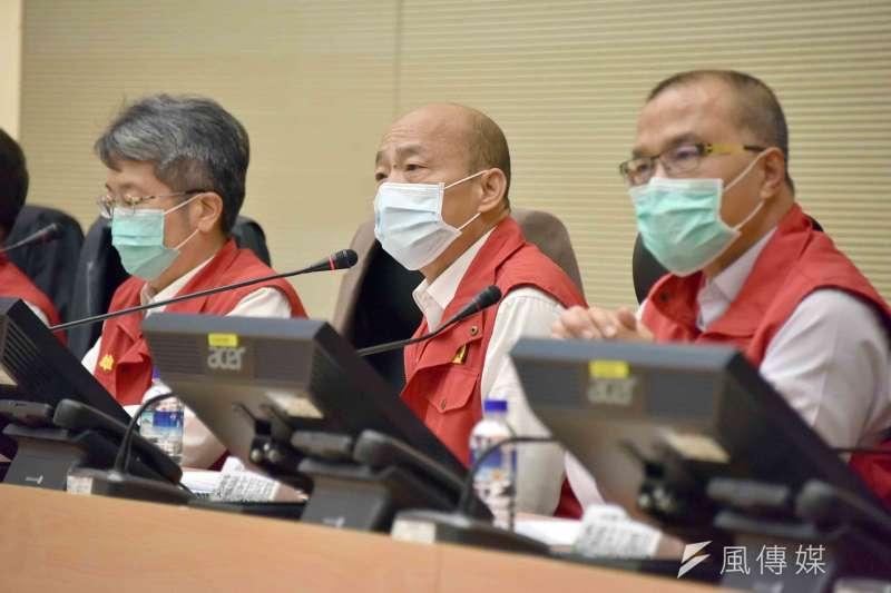 罷韓連署進行得如火如荼,高雄市長韓國瑜(中)若想讓市民看見「不一樣的韓國瑜」,應該呼籲議會提早開議。 (徐炳文攝)