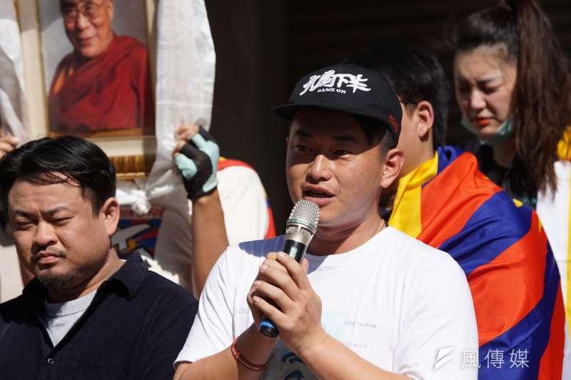 台灣基進立委陳柏惟(見圖)表示,大甲媽遶境不需要停辦,但政府應要求民眾不要參加。(資料照,盧逸峰攝)