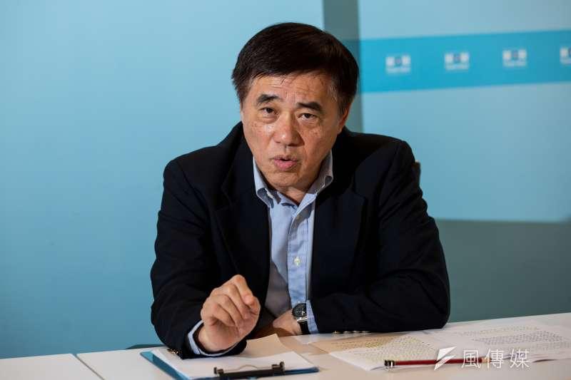 角逐國民黨黨魁補選的國民黨前副主席郝龍斌14日接受《風傳媒》專訪。(簡必丞攝)