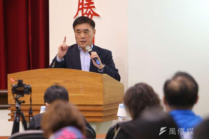 國民黨主席候選人郝龍斌(見圖)20日表示,罷韓是集體活動容易增加武漢肺炎社區感染的機會,是防疫最壞的示範。(顏麟宇攝)