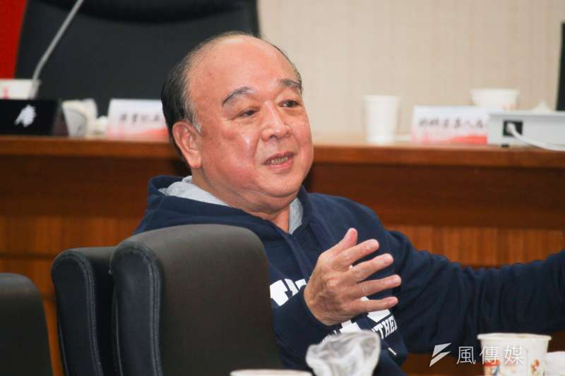20200221-立委吳斯懷出席國民黨立院黨團大會。(蔡親傑攝)