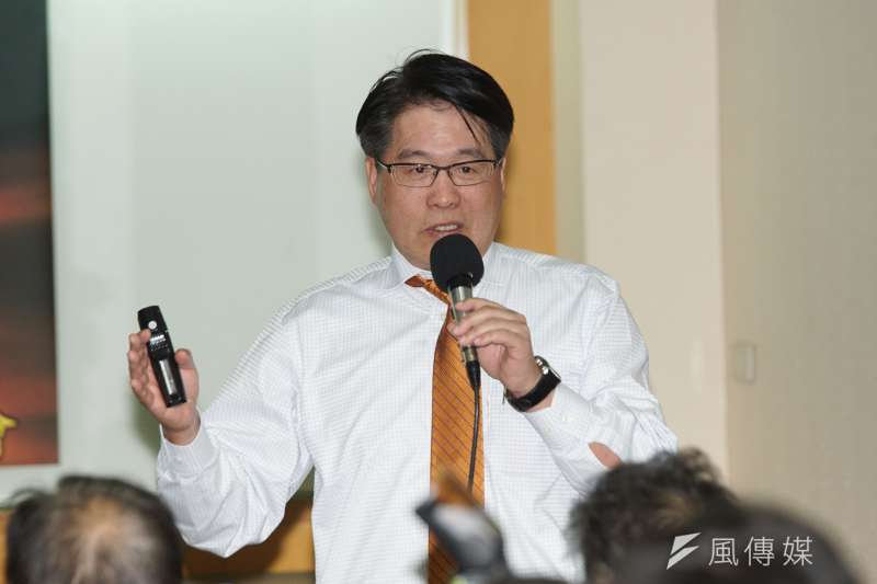 台灣民意基金會董事長游盈隆(見圖)認為,國民黨若能有更多抱持著見識、理想、熱情的青壯菁英,「那還不見得完全沒救」。(資料照,盧逸峰攝)