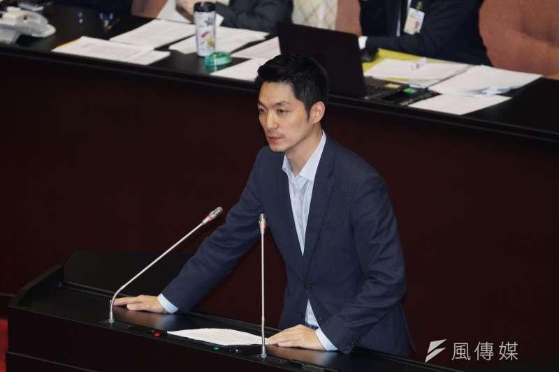 20200225-立委蔣萬安25日出席院會。(盧逸峰攝)