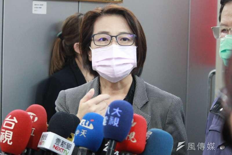 台北市政府26日舉行「因應2019新型冠狀病毒疫情小組第13次應變會議」,台北市副市長黃珊珊會後接受訪問。(方炳超攝)