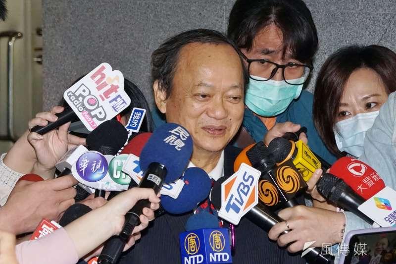 前衛生署長葉金川(見圖)表示,防疫封城的兵推演練是不切實際的超前部署,台灣防疫措施應該以隔離和接觸者疫調為主軸。(資料照,盧逸峰攝)