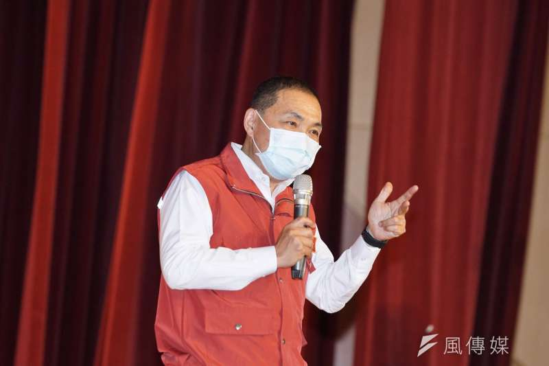 為了降低感染武漢肺炎風險,新北市長侯友宜訂出一套SOP加強管控進出安養機構人員。(資料照,盧逸峰攝)