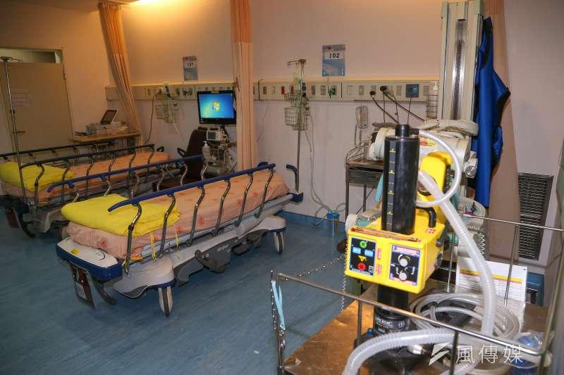 北部1名5歲男童出現發燒、社區型肺炎症狀,現已收治負壓隔離病房,並通報篩檢。示意圖。(資料照,顏麟宇攝)