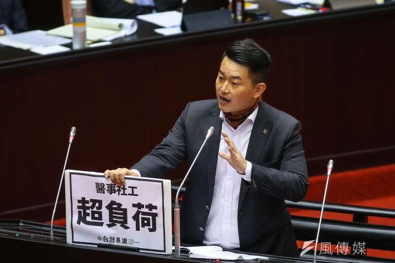 台灣基進立委陳柏惟(見圖)3日表示,台灣擁核派由黃士修這樣的人來帶領非常可惜。(顏麟宇攝)
