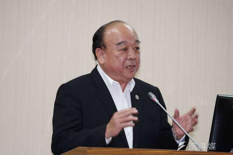 20200304-立委吳斯懷4日出席外交國防委員會質詢。(盧逸峰攝)