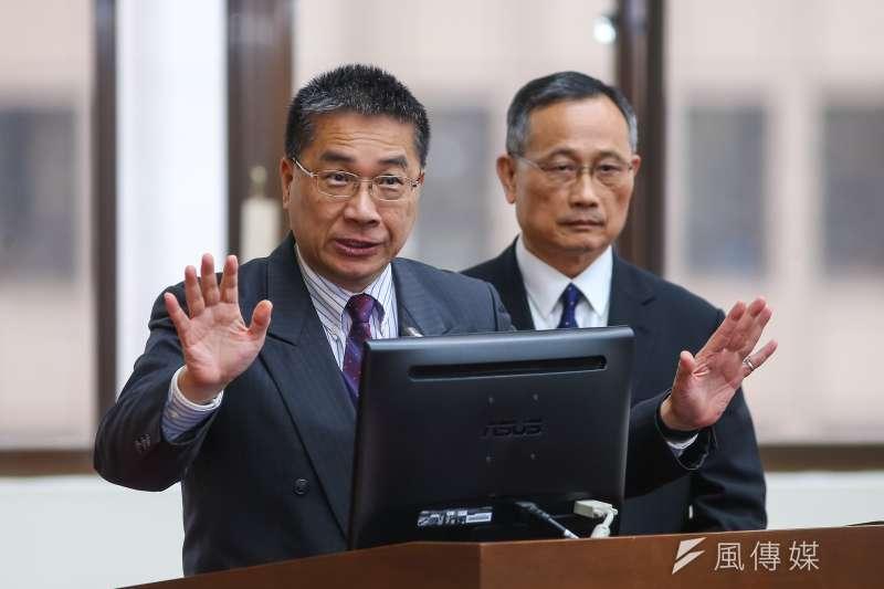 內政部長徐國勇和警政署長陳家欽於立法院內政委員備詢。(顏麟宇攝)