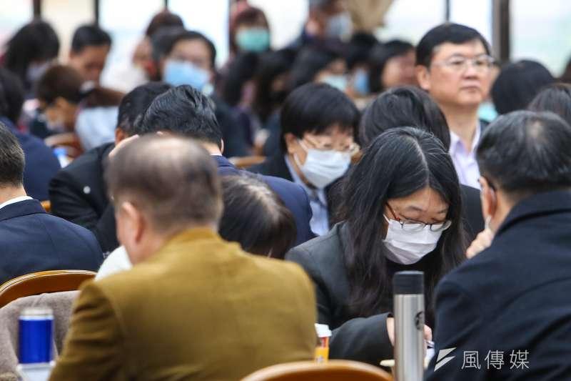前衛生署長楊志良認為,雖然夏天有機會緩和武漢肺炎疫情,但秋冬時一定會再度爆發。(資料照,顏麟宇攝)