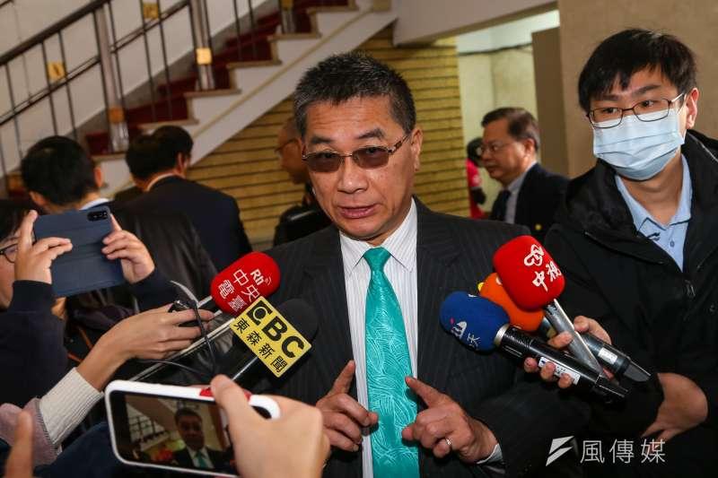 20200306-內政部長徐國勇6日接受媒體聯訪。(顏麟宇攝)