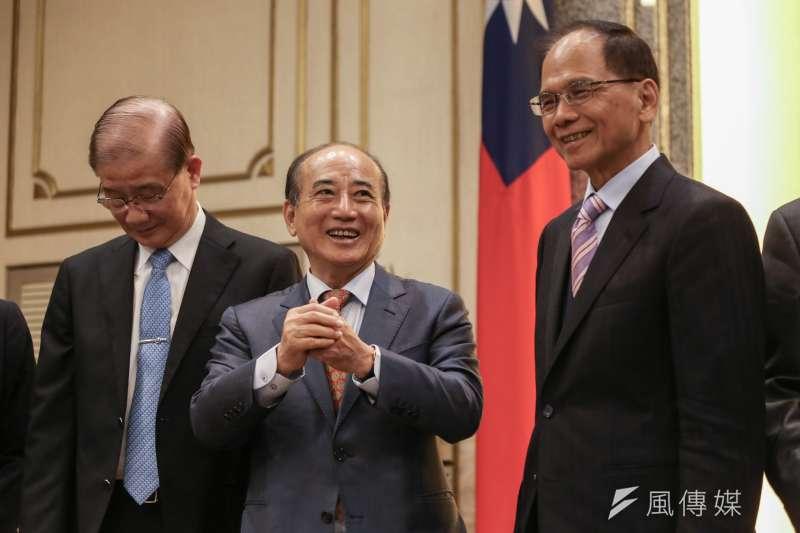 作者認為前立法院長王金平(左)登陸出席海峽論壇,打擊了民進黨政策的中國政策。(簡必丞攝)