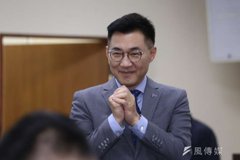 國民黨中常會,由新任黨主席江啟臣主持並頒發新任中常委當選證書。(陳品佑攝)