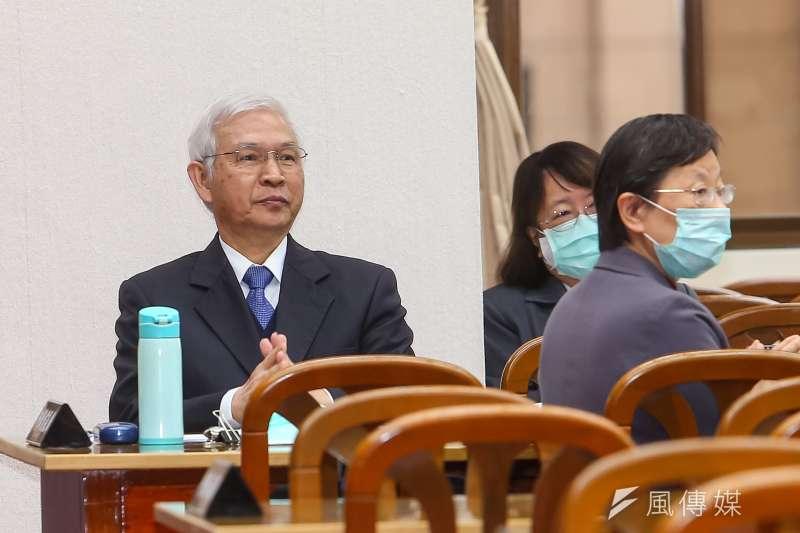 央行總裁楊金龍(見圖)12日出席財政委員會時表示,台灣確實有可能會被美國列入匯率操縱國觀察名單中。(顏麟宇攝)