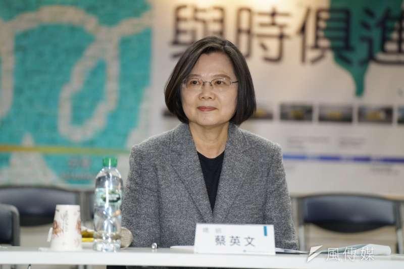 20200316-總統蔡英文16日參訪聚陽實業。(盧逸峰攝)