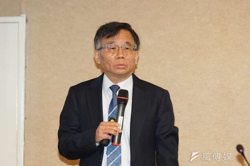 台大公衛學院副院長陳秀熙(見圖)表示,只要有效控制每周本土感染個案在20人以下,爆發社區感染的可能性極低。(資料照,盧逸峰攝)