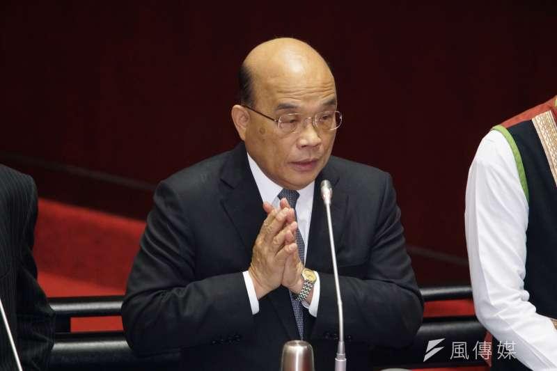 行政院長蘇貞昌以憲法23條、防疫特別條例和傳染病防治法,表示政府境管高中師生不違憲。(盧逸峰攝)