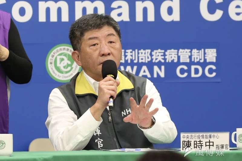 中央流行疫情指揮中心指揮官陳時中(見圖)18日宣布,增加23名新冠肺炎確診個案。(簡必丞攝)