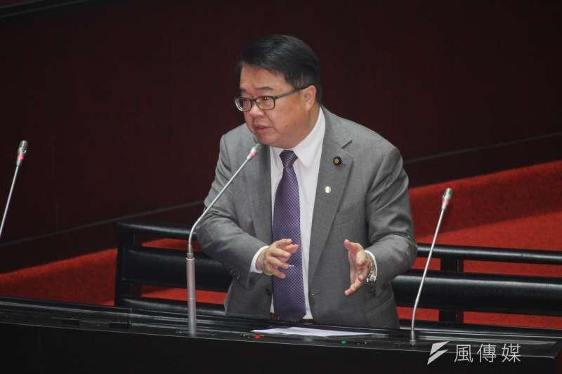 20200320-立委吳秉叡進行立院10屆1會期第5次會議質詢。(蔡親傑攝)